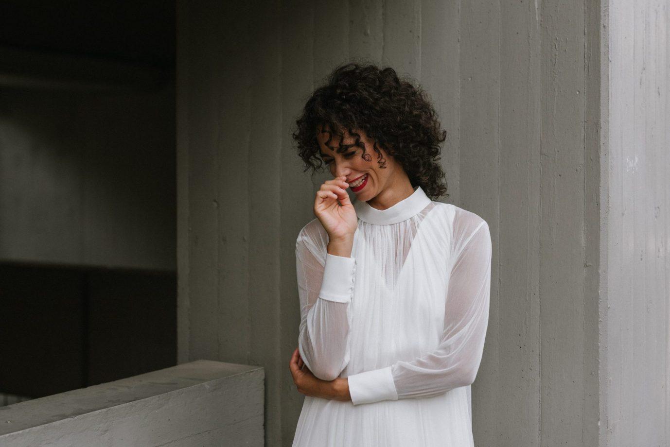 Clémentine Iacono - Robes de mariée sur-mesure Lyon - Simone